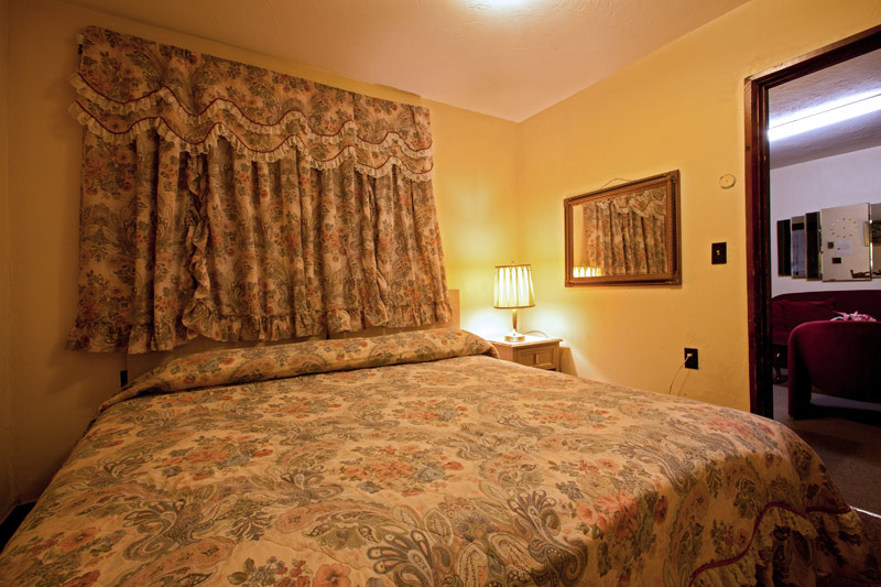 CATSKILLS MOTEL ROOM